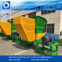 Twin shaft shredder for waste PE PP films