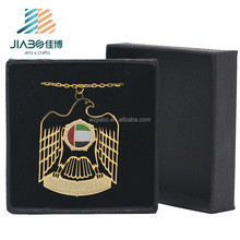 High quality custom made gold plating eagle badge with gift box