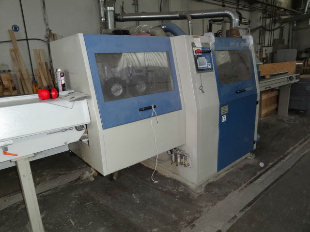 Cross cutting machinery