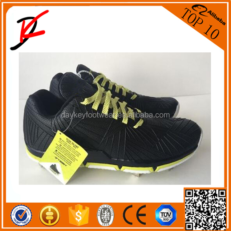 Performance baseball cleats footwear Men's PowerAlly 3 Middle Baseball Shoe