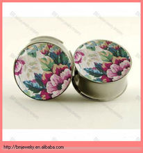 WHITE WALLFLOWER FLORAL PLUGS BY PLUG CLUB beautiful desgin ear piercing jewelry rings in stainless steel for woman
