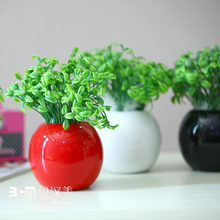 Wholesale small porcelain vase various colors ceramic vase for garden decoration