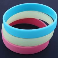 customized fashion glow in the dark silicone wristbands,silicone bracelet