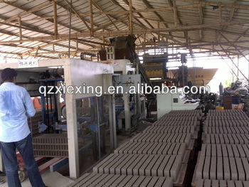 Mobile automatic cement hollow block machine