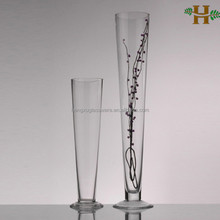 Clear Tall cone glass vases for wedding decoration