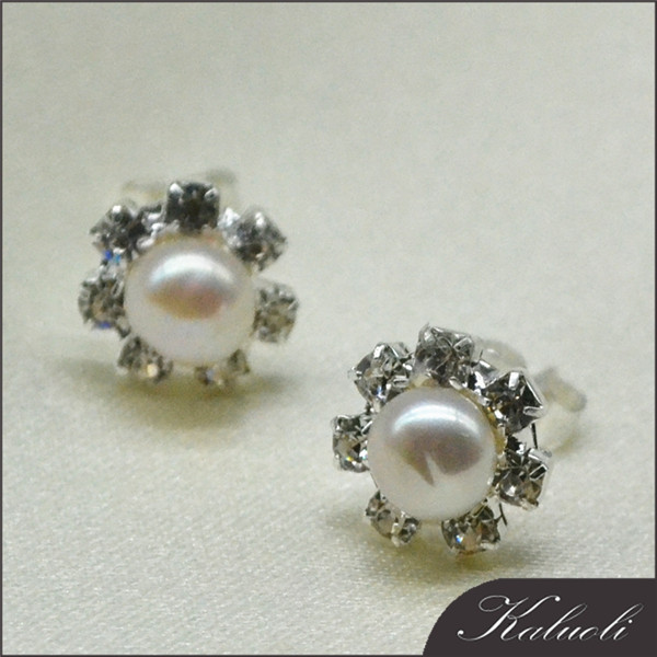 China real pearl beaded flower fancy earrings for party girls