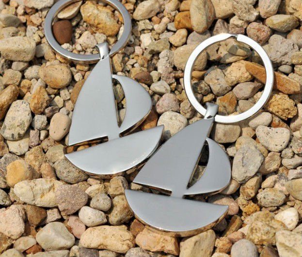 Zinc alloy sailboat shaped keychains with customized logo printing CD-KR048