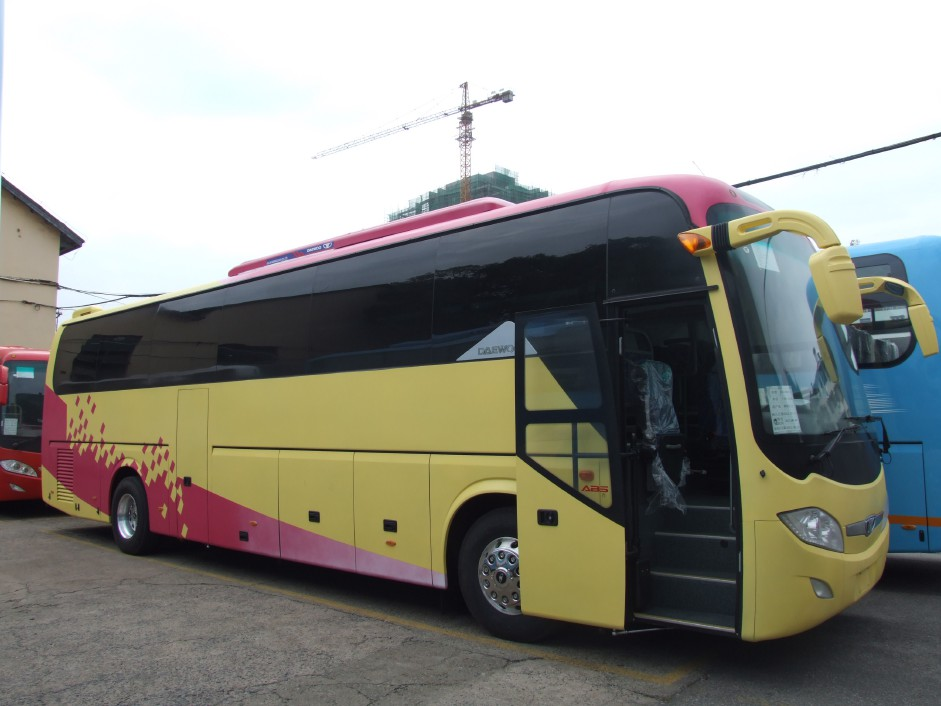 GDW6121HK 50 seats luxury daewoo bus