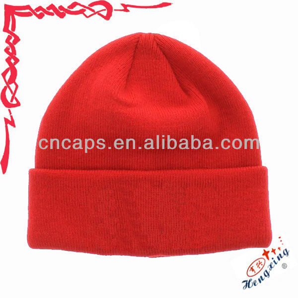 Red no pom beanie hat with ear muff
