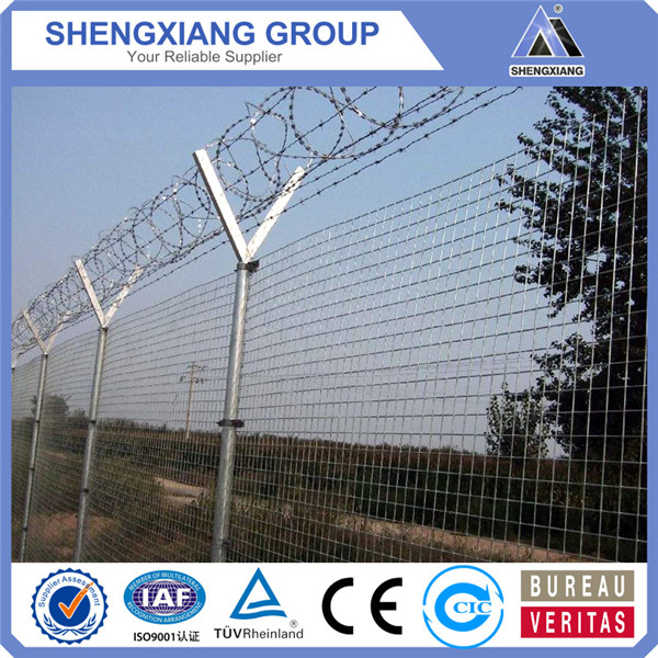 Wholesale anti climb airport fence airport security fence with barbed wire