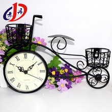 Popular among youths iron art home decoration bicycle table small clock
