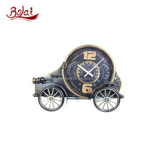 Smooth lines circular style classic cars shape clock gift items wholesale