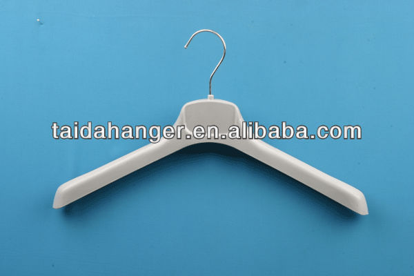 plastic display hanger ,coat hanger Manufacturer,wide pad