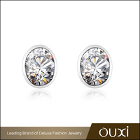 China Wholesale OUXI Silver Ladies Stud Earrings With Zircon Design