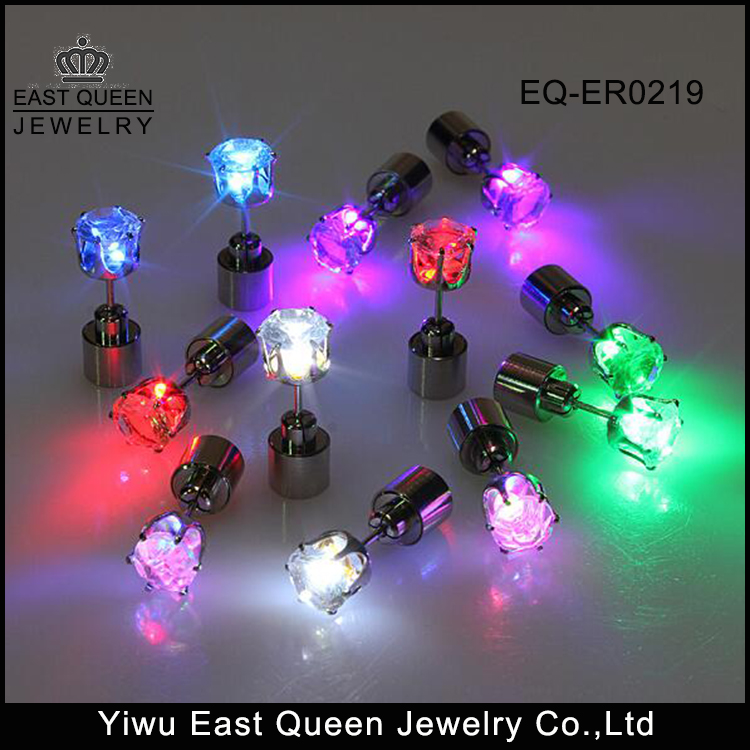 2017 <strong>Fashion</strong> Women's Party Dance Night Club Led Stud Earrings