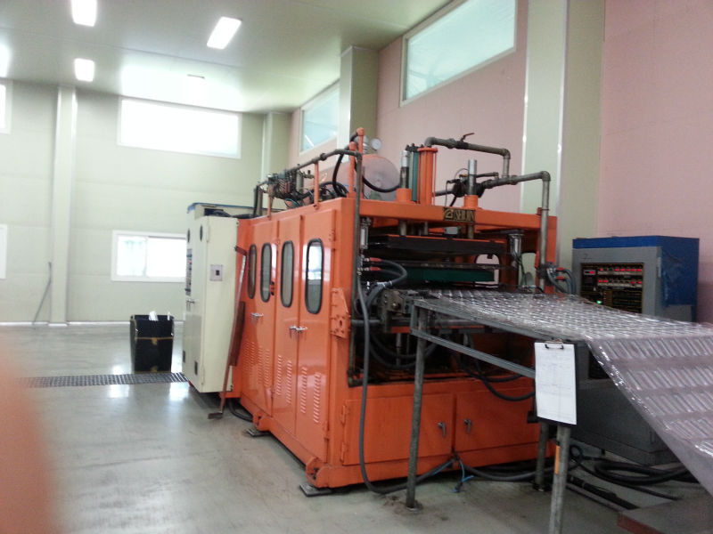 Used Thermo forming machine with trimming machine