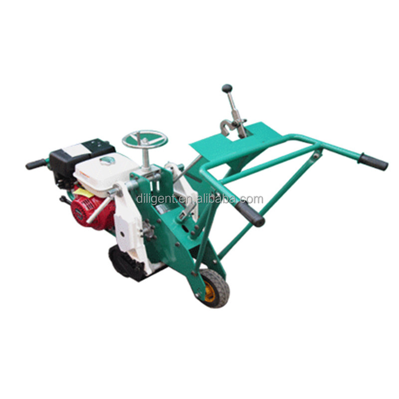 Self propelled sod cutter/Lawn cutter machine
