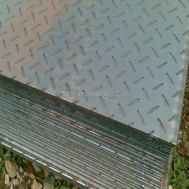 Q235 Checkered Steel Plate 4.5mm * 1250mm Size Hot Rolled Technical