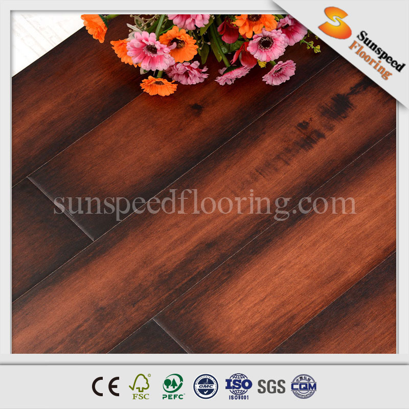 Waterproof wooden flooring laminate with press V groove