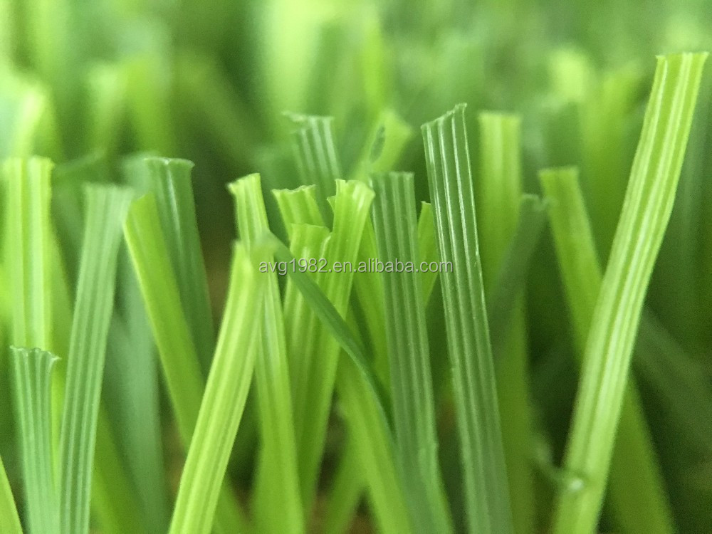 W Shape Outdoor Artificial Grass Waving Surface Of Each Blade Diffuses Sunlight