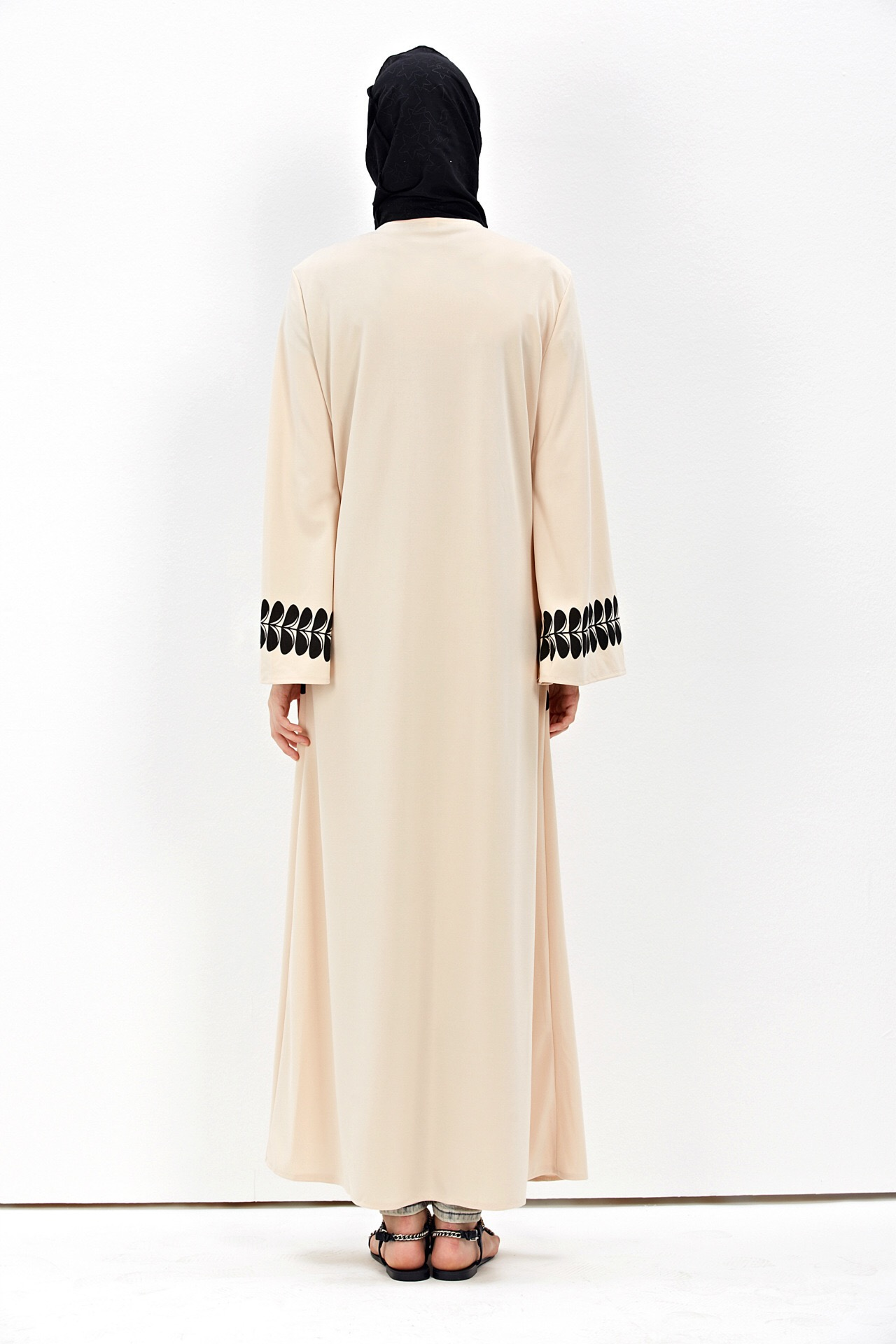Dubai Style Abaya Dresses for Modest Women Long Sleeve Dress Polyester Islamic Clothing Abayas