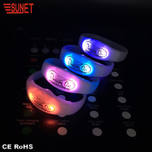 MARCH EXPO New Product More Function RGB Custom Programmable Remote Controlled Flashing Led Silicone Bracelet Light Up Wristband