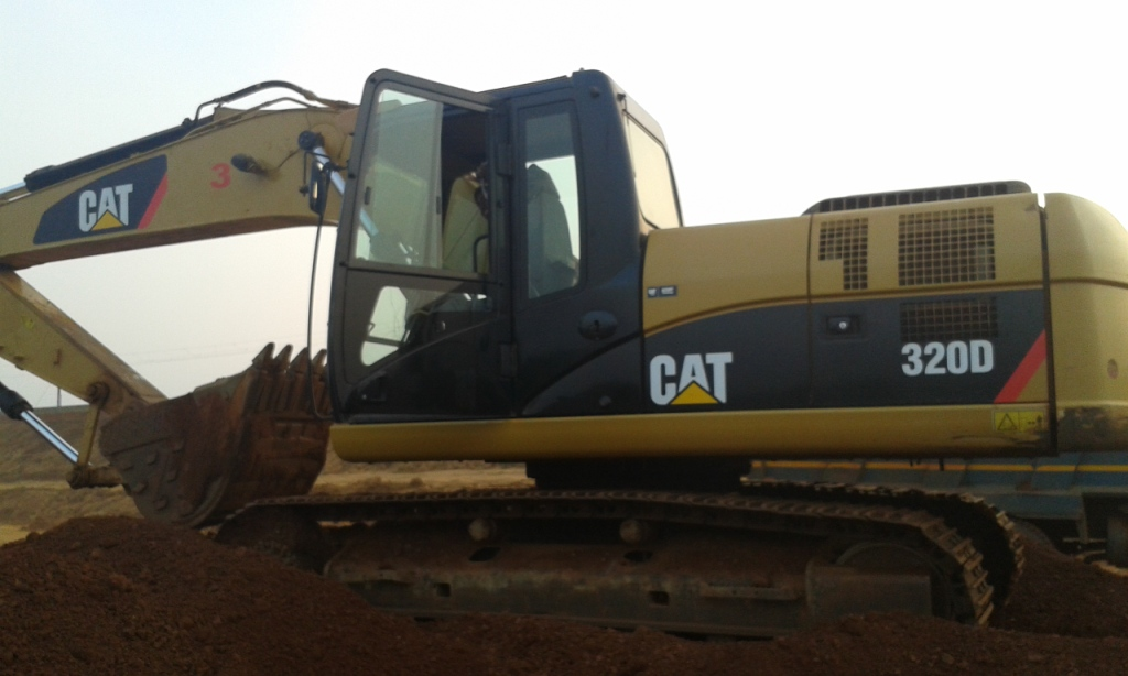 Urgently 320D model Excavator for sale