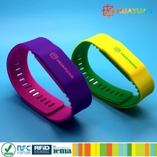 Adjustable 13.56mhz MIFARE Classic 1K gym passive rfid NFC silicon wristband bracelet