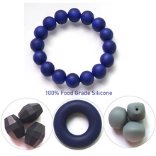 2016 FDA approved BPA free Safety Fashion Teething silicone bracelet for mom