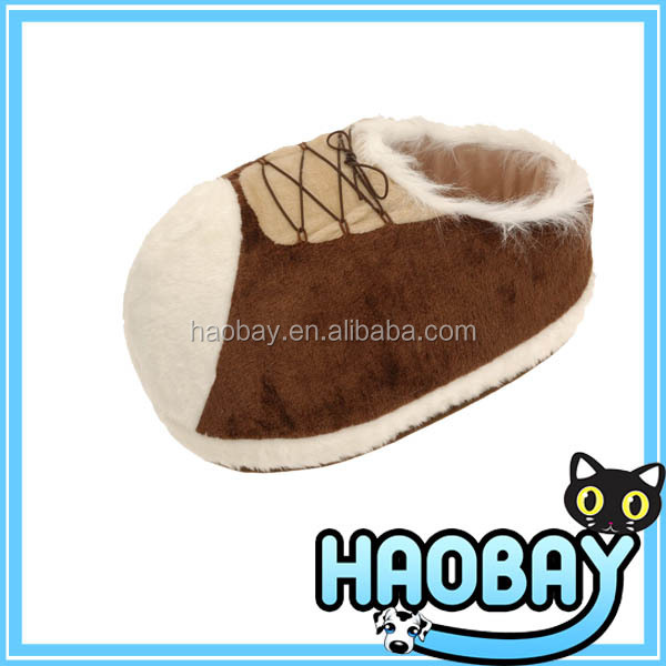 China dog products manufacturer shoes shape dog house & cat bed