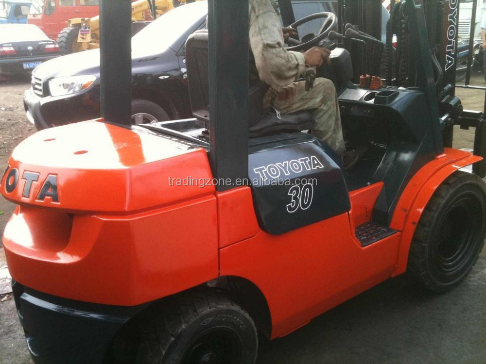 Used 3 ton Toyota Forklift for sale, Toyota 7FD30, original from Japan, competitive