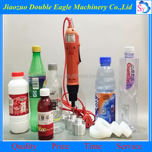 Low price Hand bottle shutter screw cap machine/Portable manual twist cover machine