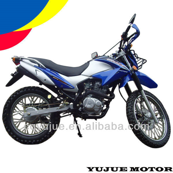 Classic Gas Powered Dirt Bike 200cc Off Road Motorcycle