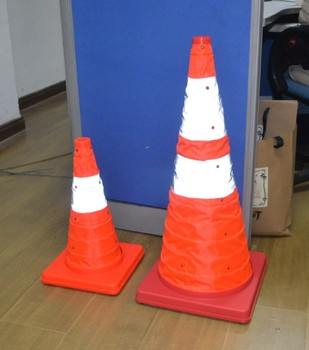 collapsible plastic led traffic cone