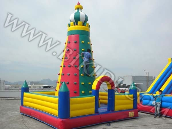 inflatable climbing wall to Japan B6011