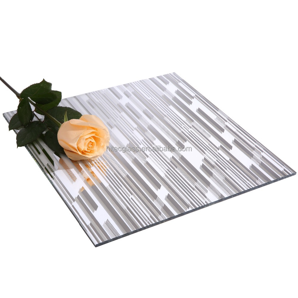 Customized 5Mm Titanium Decorative Glass Wall Panels Using A Patented Titanium Coating Process