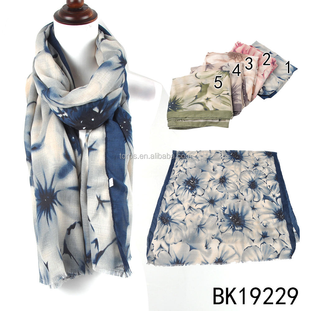 Fashion Beautiful women Stock Vintage Style new design retro folwer Printing women Silk Scarf