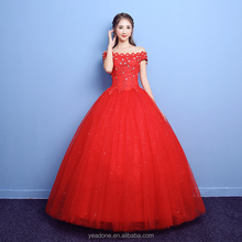 Wholesale Subtle Scalloped Strapless Red Wedding Dresses With Rhinestone