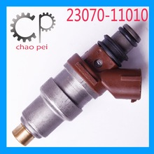 auto spare parts denso fuel injector for toyota hiace van bus 23670-30050 pump with fuel filter