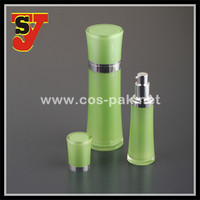 High quality acrylic spray pump cosmetic bottle for skin care cream