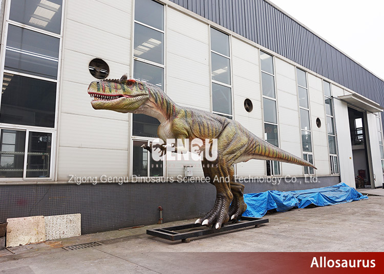 Snowproof Mechanical Dinosaur Model in Factory