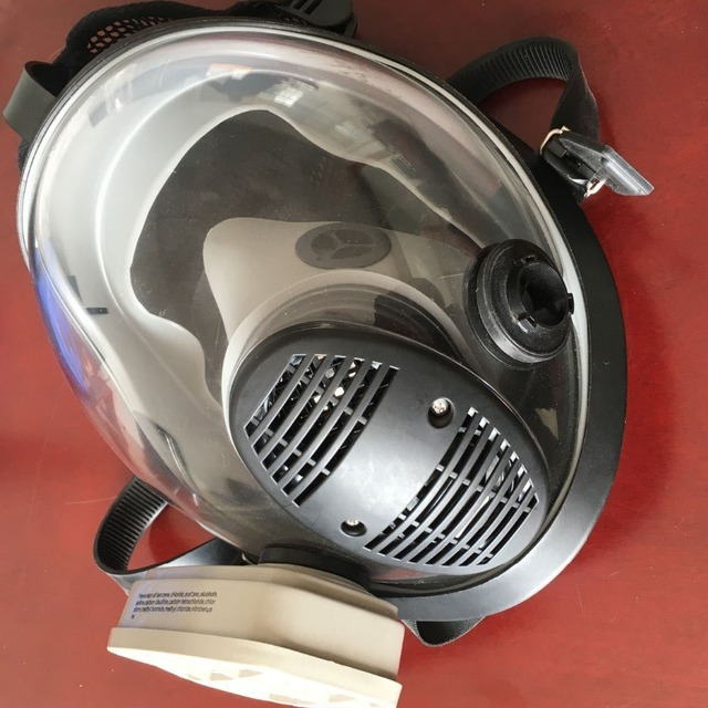 Made-in-China chemical air filter, air filter gas mask, face shield gas mask