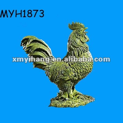 2012 new fashion moss rooster garden statue yard deco art resin