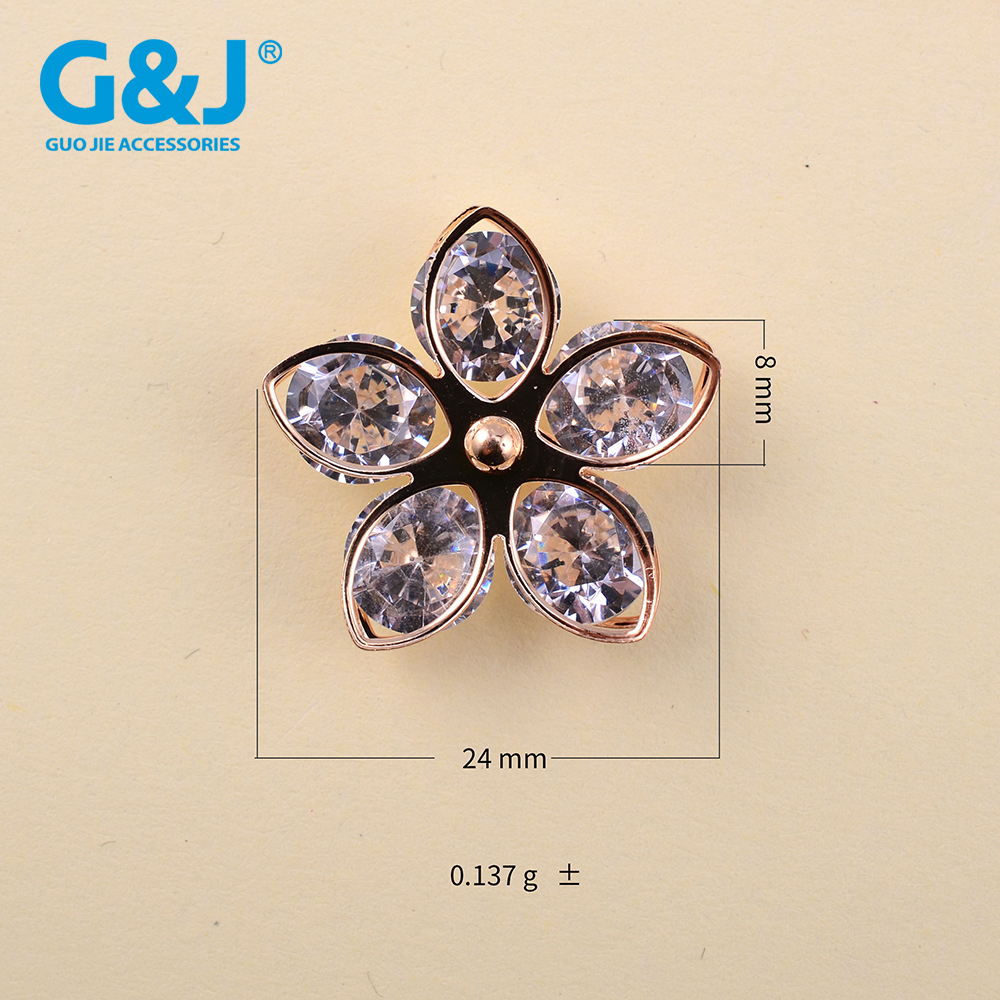 Ultimo accesorios para zapatos de mujer new desgin grape in China zircon shoe buckles