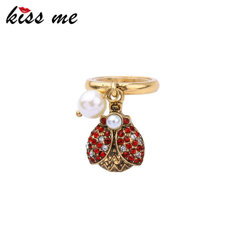 Antique Gold Zinc Alloy Bug Pearl Designs Fashion Rings For Women