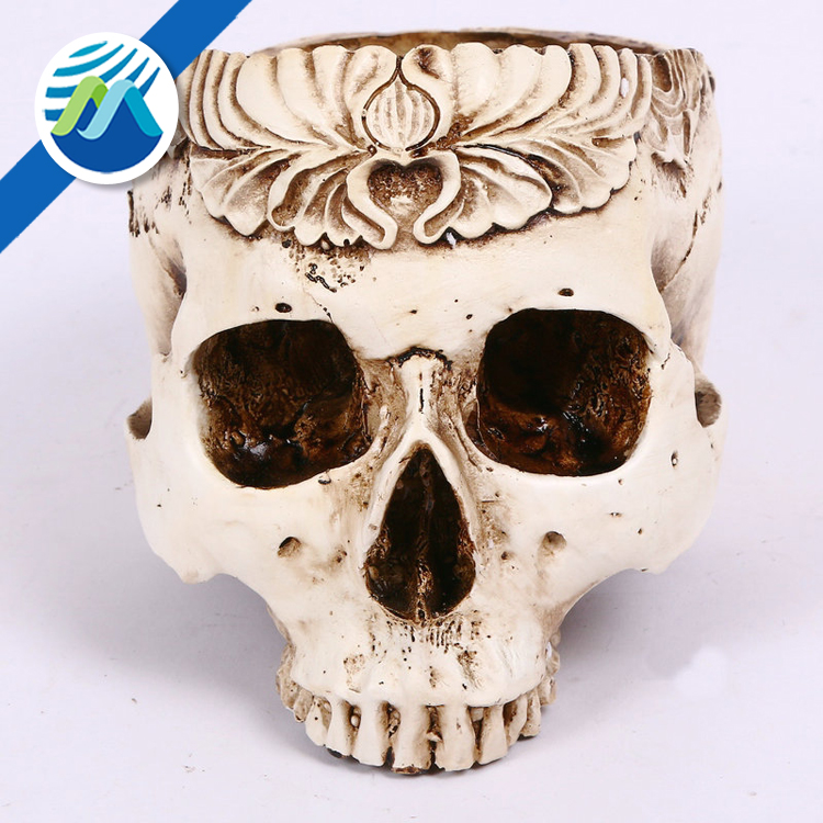 Wholesale Halloween Party Props Resin Hollow Skull Head Carve Patterns Scene Decoration