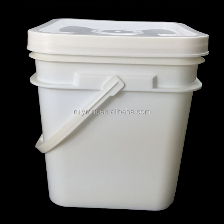 10L plastic square pail with blue lid