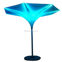 New design outdoor beach parasol garden umbrella Leisure cafe tulip umbrella with LED light