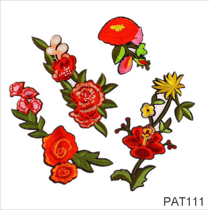 FengRise 1Pcs Iron On Mulity Red Flowers Embroidery Patches Clothes Stickers