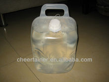 Semi-collapsible gallon tank